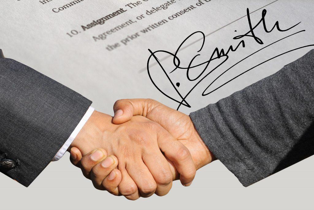 Perfeccionamietno de contrato de arrendamiento. Arrendar tu casa facil Contrato de arrendamiento